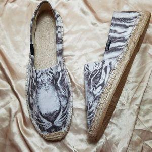 Unique Soludos White & Black Tiger Slip-On Shoes